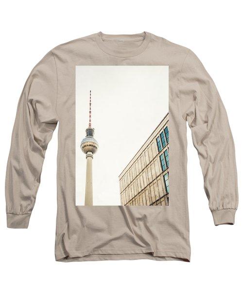 Fernsehturm And Building In Berlin Long Sleeve T-Shirt