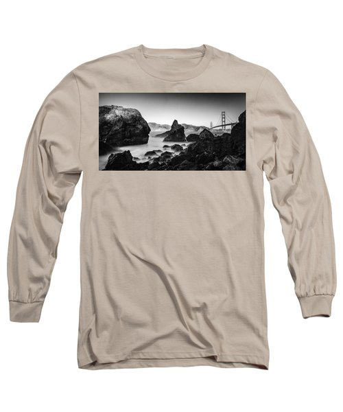 Golden Gate In Black And White Long Sleeve T-Shirt