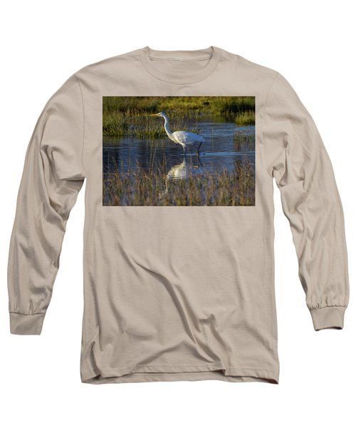 Great Egret, Ardea Alba, In A Pond Long Sleeve T-Shirt