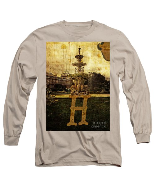 Grungy Melbourne Australia Alphabet Series Letter H Hochgurtel F Long Sleeve T-Shirt