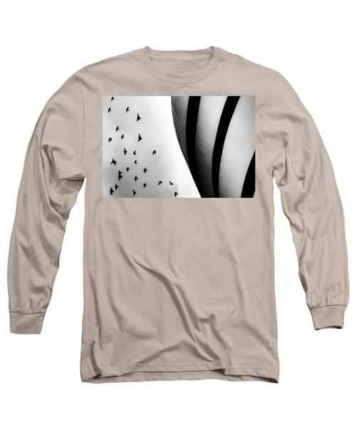 Guggenheim Museum With Pigeons Long Sleeve T-Shirt