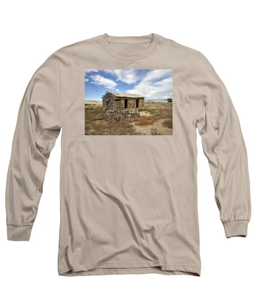 Historic Cabin And Buckboard Wheels In Big Horn County In Wyoming Long Sleeve T-Shirt