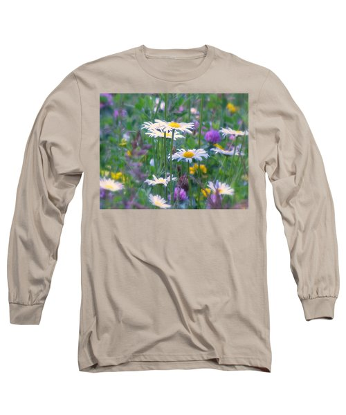 It's A Daisy Kind Of Day Long Sleeve T-Shirt