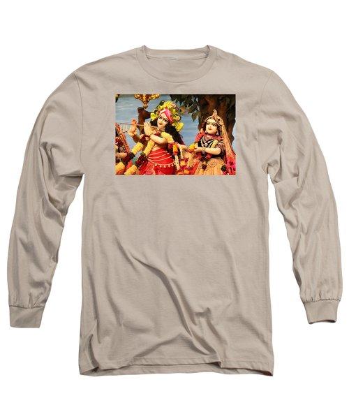 Krishna And Radha At Radha Gopinath Mandir, Mumbai Long Sleeve T-Shirt