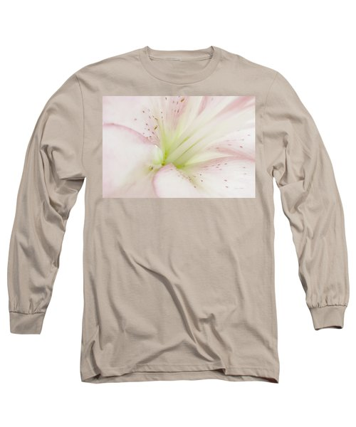 Lily Centered Long Sleeve T-Shirt