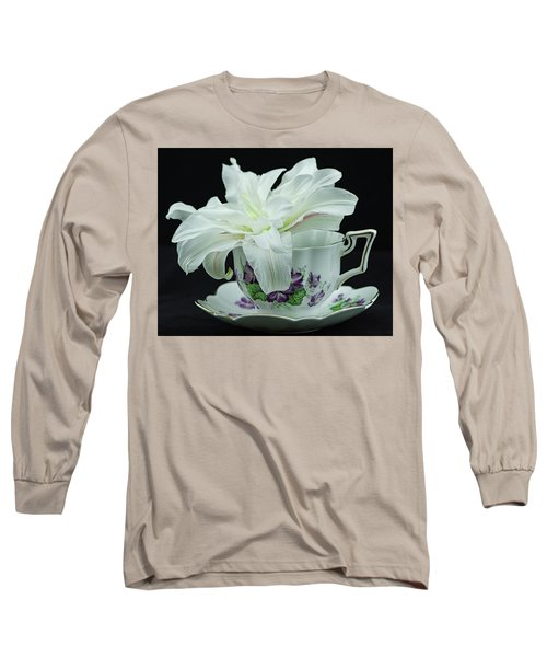 Lily With Teacup Long Sleeve T-Shirt