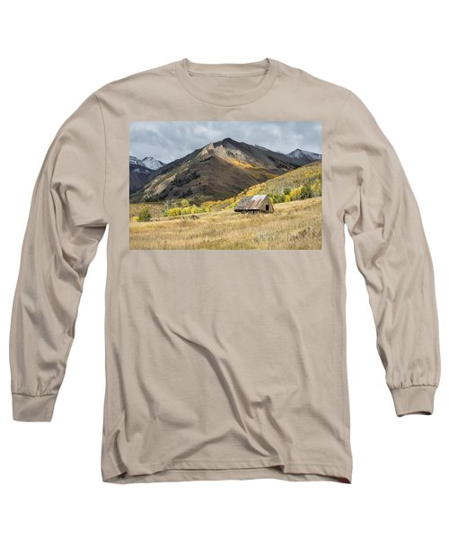 Log Barn In The Mountains Long Sleeve T-Shirt