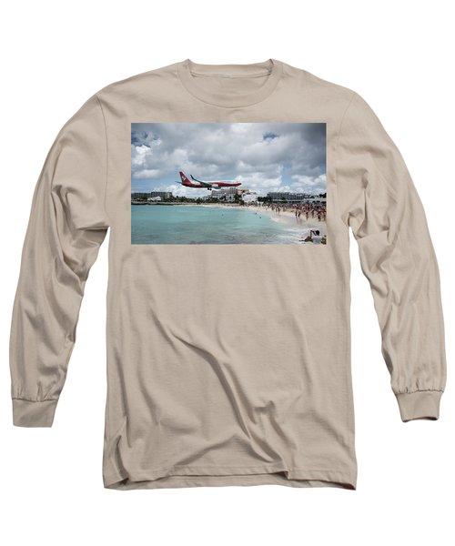 Low Landing At Sonesta Maho Beach Long Sleeve T-Shirt