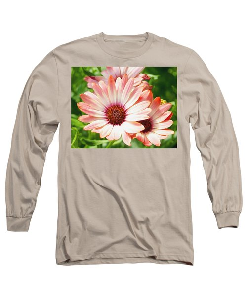 Macro Pink Cinnamon Tradewind Flower In The Garden Long Sleeve T-Shirt