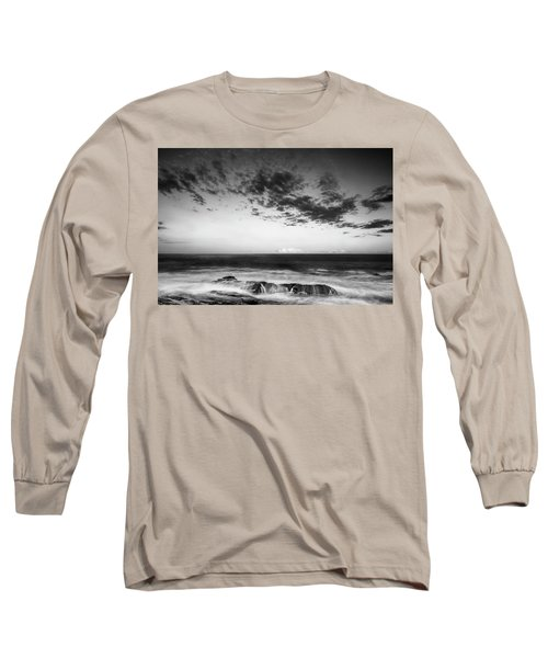 Maine Rocky Coast With Boulders And Clouds At Two Lights Park Long Sleeve T-Shirt
