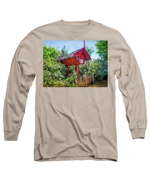 Maori Home In New Zealand Long Sleeve T-Shirt