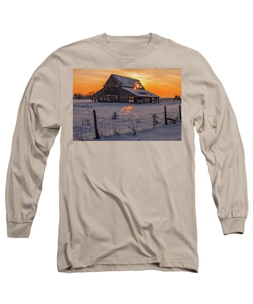 Mapleton Barn Long Sleeve T-Shirt