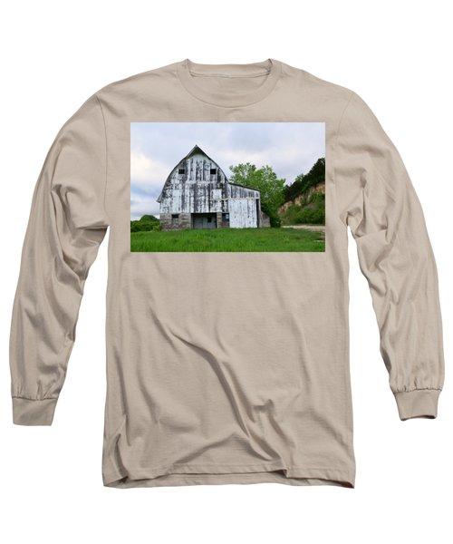 Mcgregor Iowa Barn Long Sleeve T-Shirt by Kathy M Krause