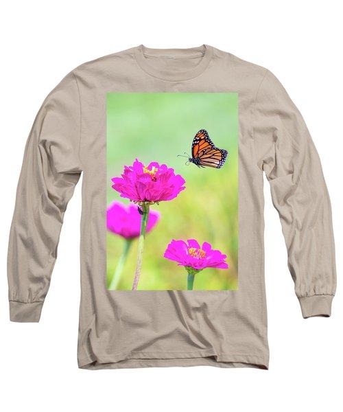Monarch In Flight 1 Long Sleeve T-Shirt