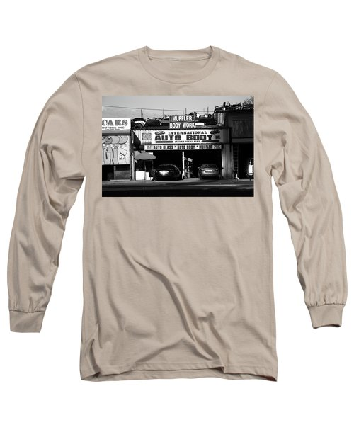 Long Sleeve T-Shirt featuring the photograph New York Street Photography 69 by Frank Romeo