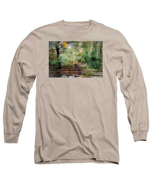 Reflection On, Oscar - Claude Monet's Garden Pond Long Sleeve T-Shirt