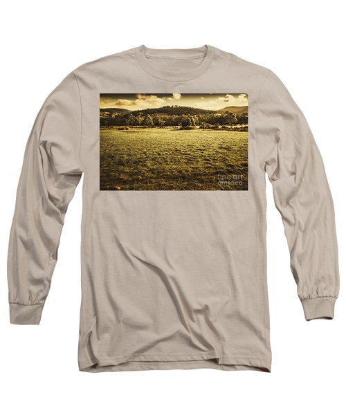 Open Fields Of Woodstock Tasmania Long Sleeve T-Shirt