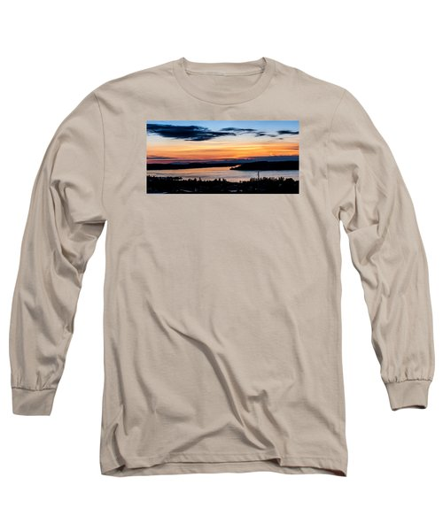 Panoramic Sunset Over Hail Passage  Long Sleeve T-Shirt by Rob Green