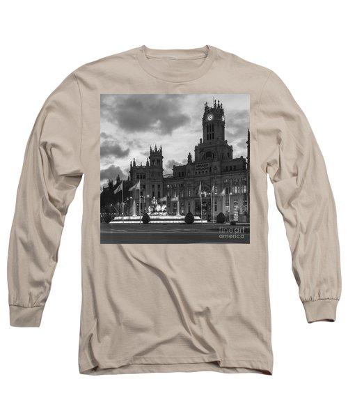 Plaza De Cibeles Fountain Madrid Spain Long Sleeve T-Shirt