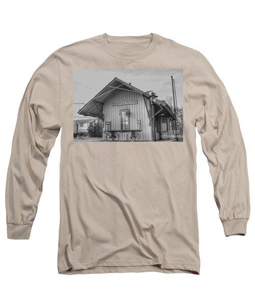 Pompton Plains Railroad Station And Baggage Cart Long Sleeve T-Shirt