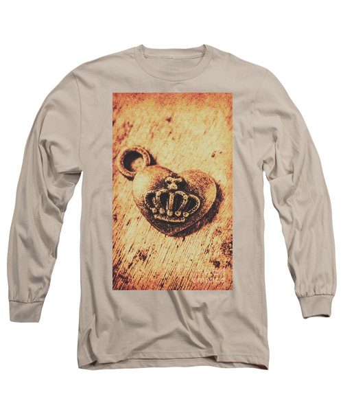 Queen Of Hearts Charm Long Sleeve T-Shirt