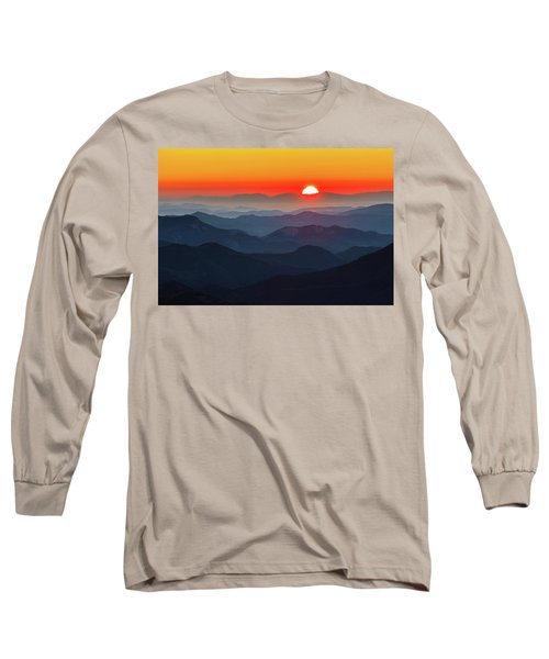 Red Sun In The End Of Mountain Range Long Sleeve T-Shirt