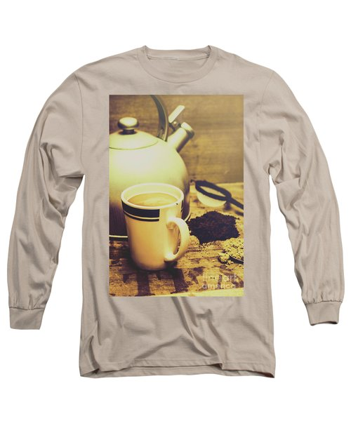 Retro Kettle With The Mug Of Tea Long Sleeve T-Shirt
