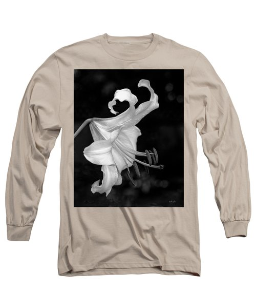 Single Lily In Black And White. Long Sleeve T-Shirt