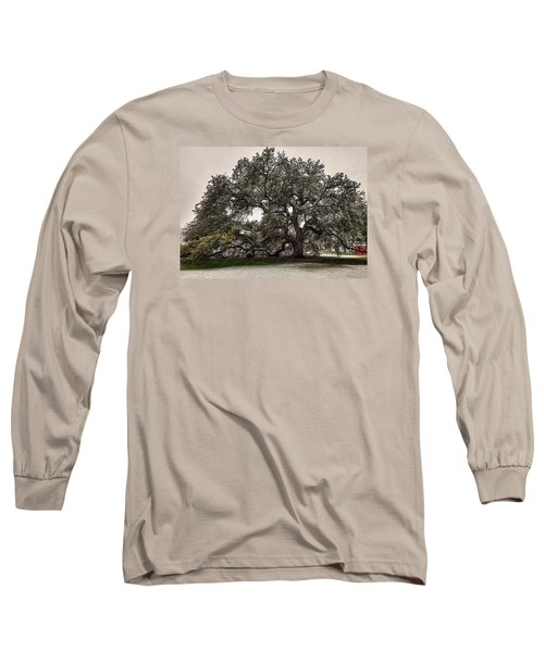 Snowfall On Emancipation Oak Tree Long Sleeve T-Shirt by Jerry Gammon