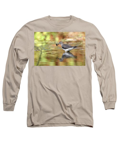 Solitary Sandpiper With Belostomatide Long Sleeve T-Shirt