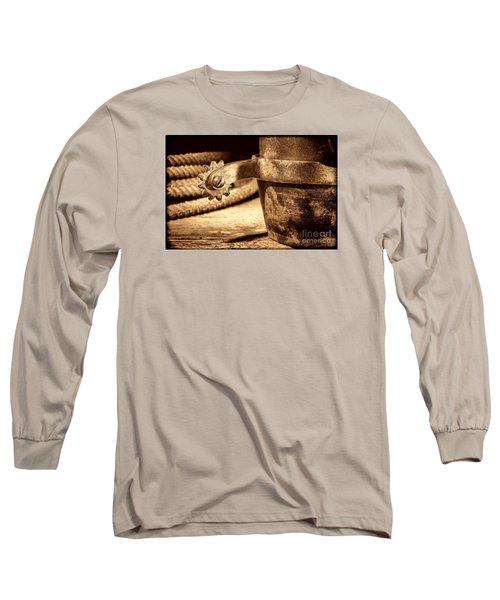 Spur Long Sleeve T-Shirt