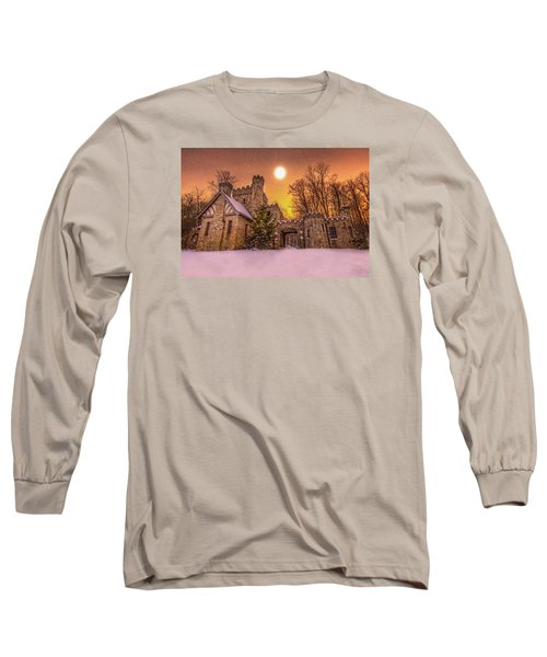 Squires Castle In The Winter Long Sleeve T-Shirt