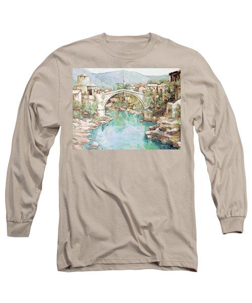Stari Most Bridge Over The Neretva River In Mostar Bosnia Herzegovina Long Sleeve T-Shirt