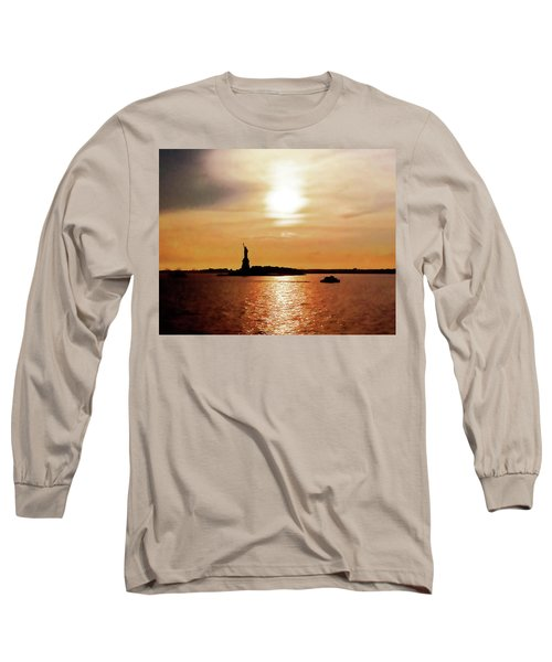 Statue Of Liberty At Sunset Long Sleeve T-Shirt