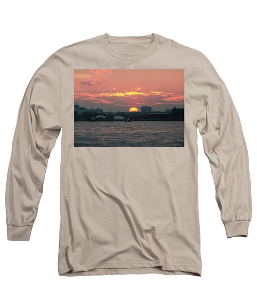 Sunset Nyc Harbor Long Sleeve T-Shirt