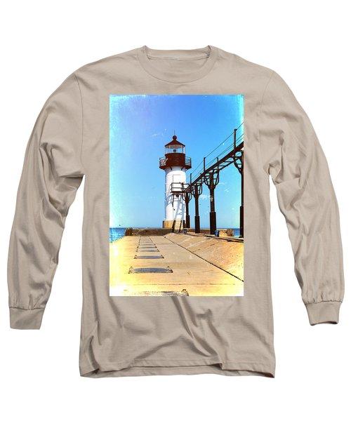Textured St Joseph Lighthouse Michigan Long Sleeve T-Shirt