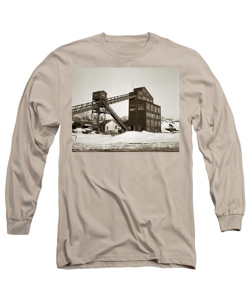The Northwest Coal Company Breaker Eynon Pennsylvania 1971 Long Sleeve T-Shirt