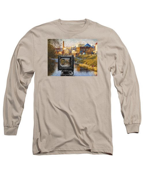 Long Sleeve T-Shirt featuring the photograph The Photographer's Way Of Seeng by Vladimir Kholostykh