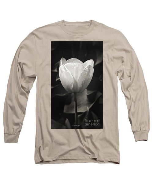 Tulip In Black And White Long Sleeve T-Shirt