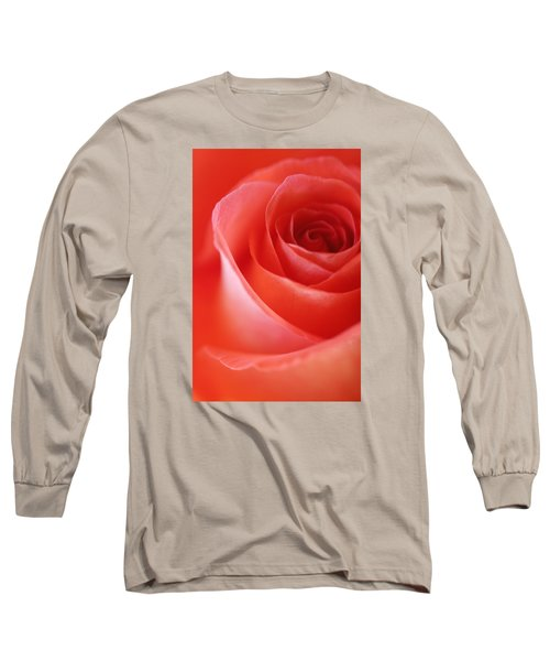 Une Rose Si Belle Long Sleeve T-Shirt