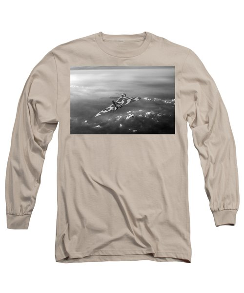Vulcan Over The Channel Black And White Version Long Sleeve T-Shirt