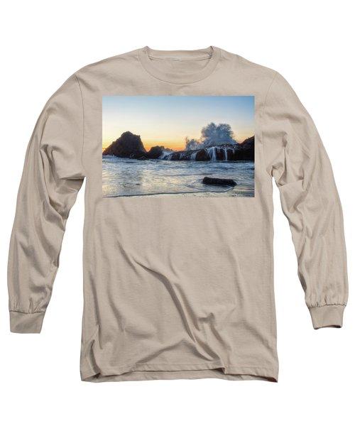 Wave Burst Long Sleeve T-Shirt