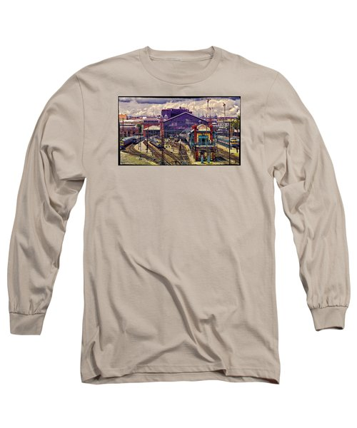 Western Rail Station, Budapest Long Sleeve T-Shirt