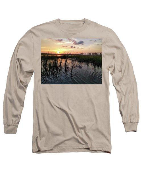 Winding Wando Long Sleeve T-Shirt