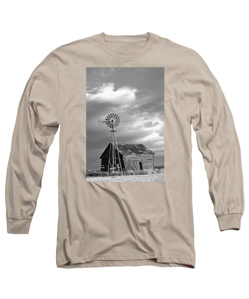 Windmill And Barn At Sunset Long Sleeve T-Shirt