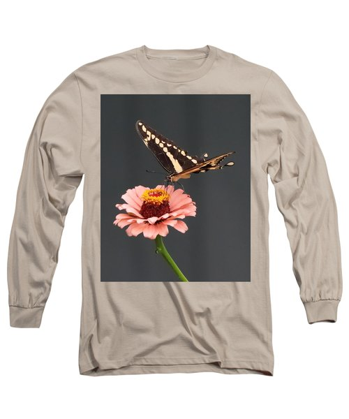 Zinnia With Butterfly 2702 Long Sleeve T-Shirt