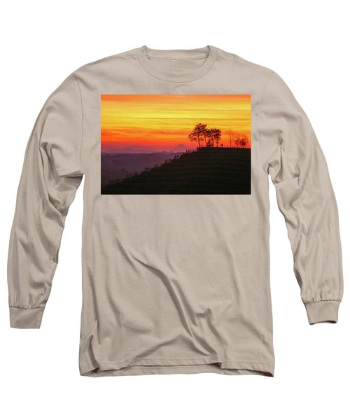 On The Viewpoint Long Sleeve T-Shirt