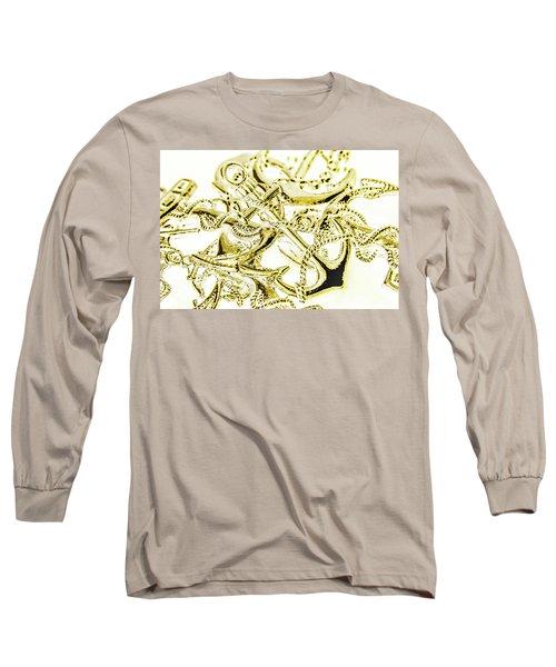 Pendant Port Long Sleeve T-Shirt