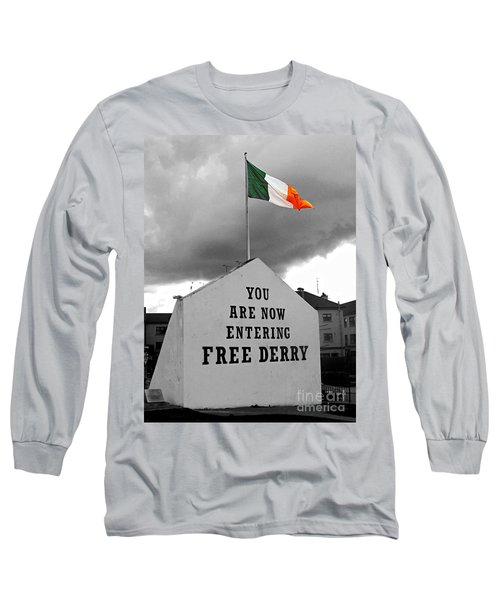 Free Derry Wall 1 Long Sleeve T-Shirt