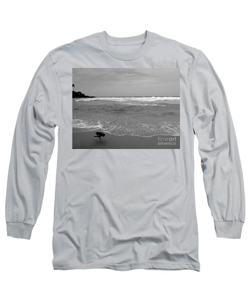Bird On Kovalam Beach Long Sleeve T-Shirt